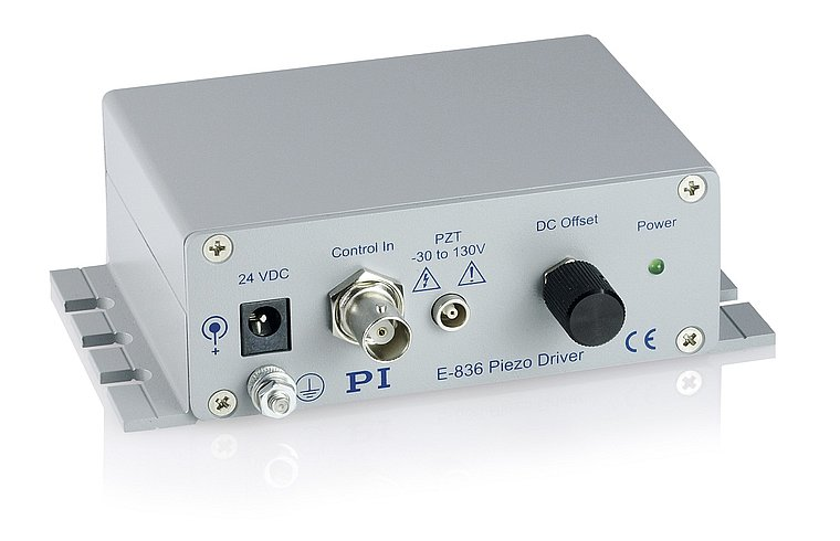[Translate to Chinese:] E-836 Piezo amplifier as compact bench-top device