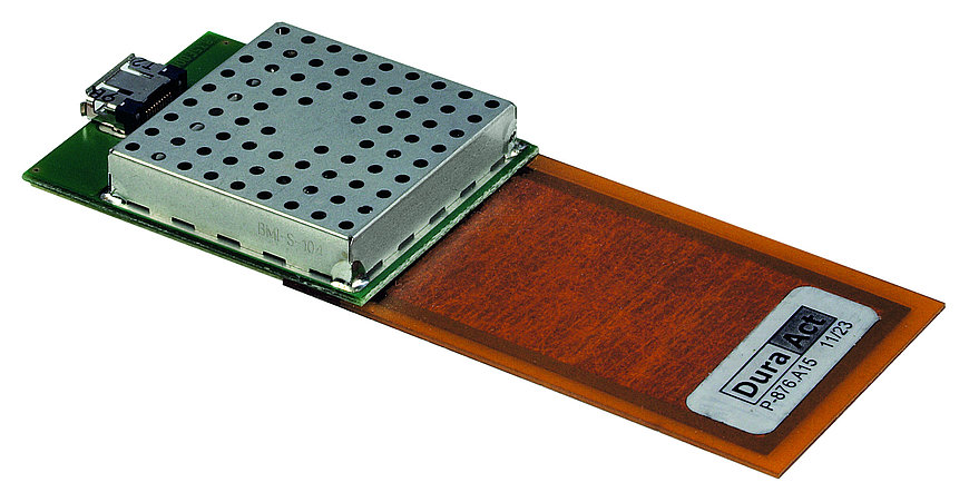 Electronic modules for sensor data processing, controlling the DuraAct actuator or harvesting energy can be connected close to the transducer.